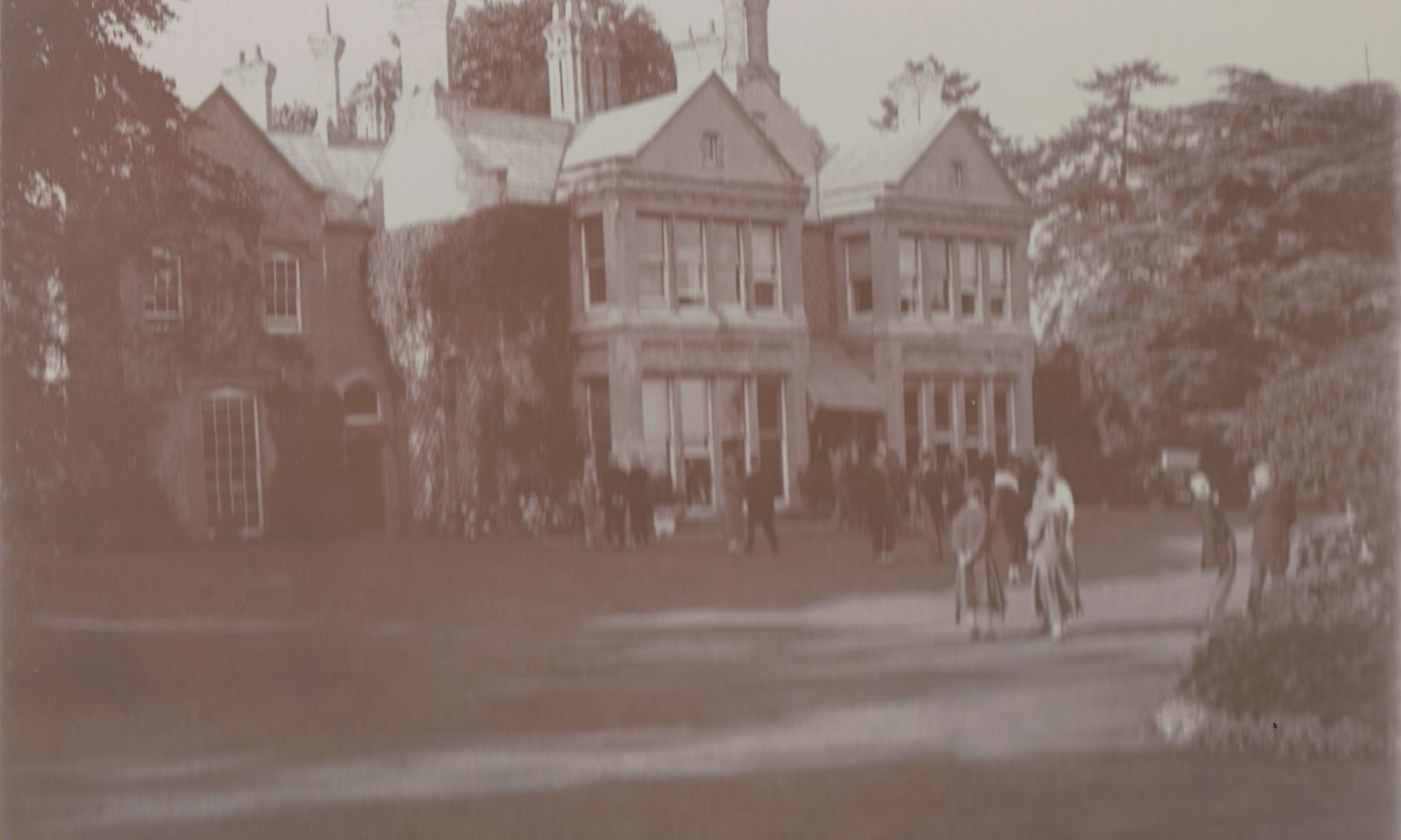 An Early Photo of the Hall - History Tours